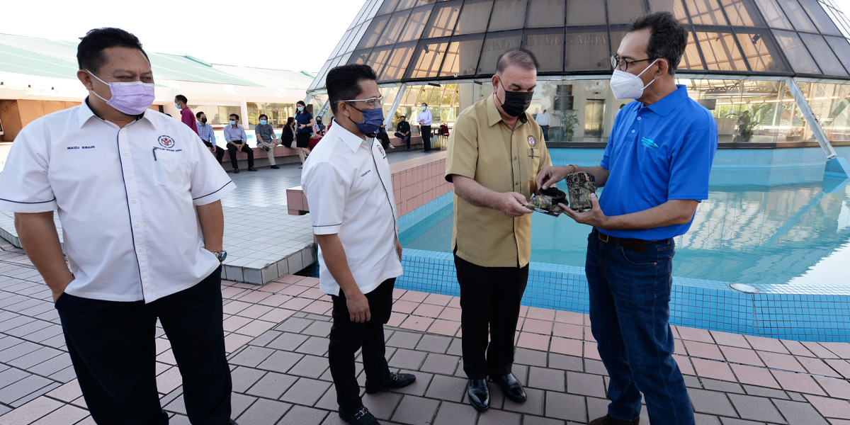 Yayasan Sabah Group received ATVs from Sabah Environmental Trust | Menara Tun Mustapha | 30 April 2021
